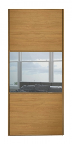 Classic Wideline door with oak frame and oak panels top and bottom and mirror middle panel