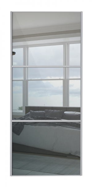 Classic Wideline door with silver frame and mirror panels